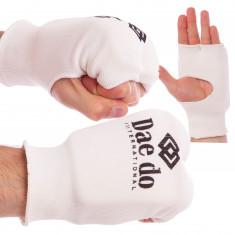 Накладки на руки для карате Daedo